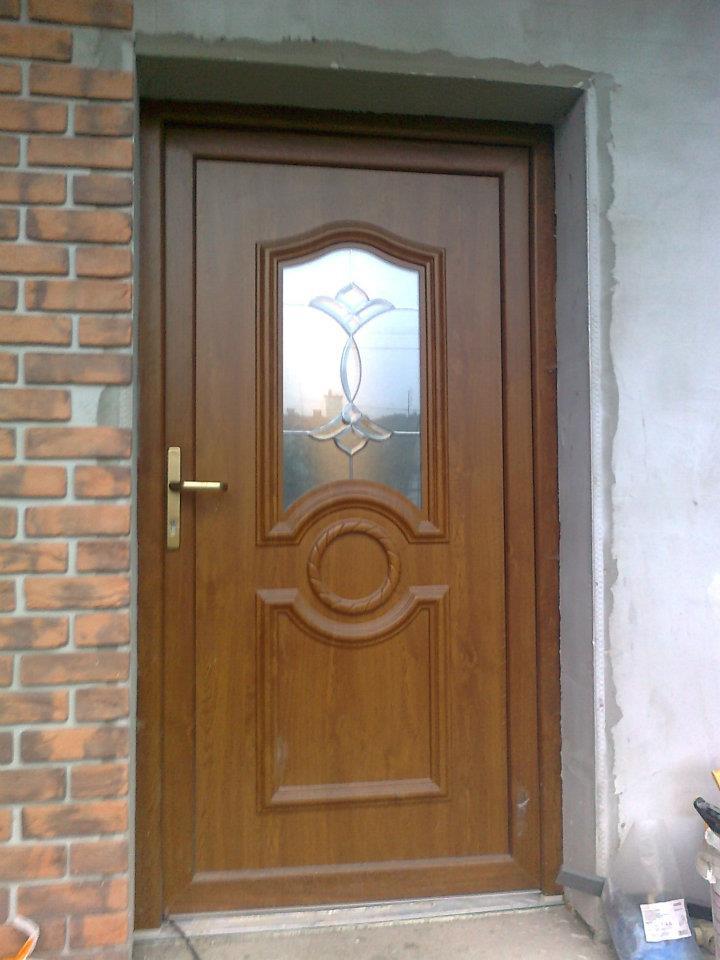 Obrázky / Dveře zlatý dub - s výplní