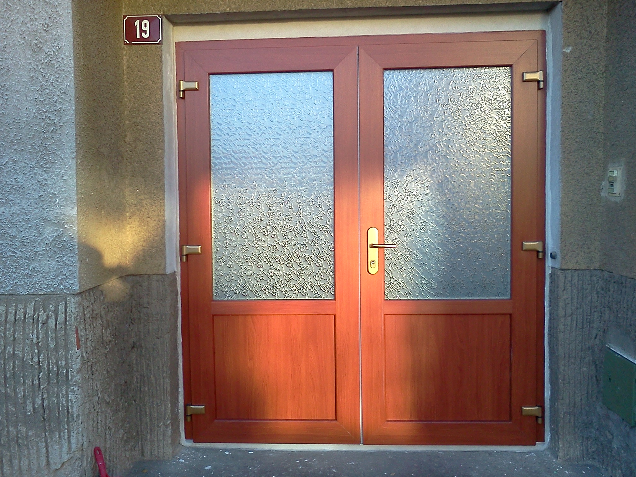 Obrázky / Dvojkřídlé vchodové dveře 1