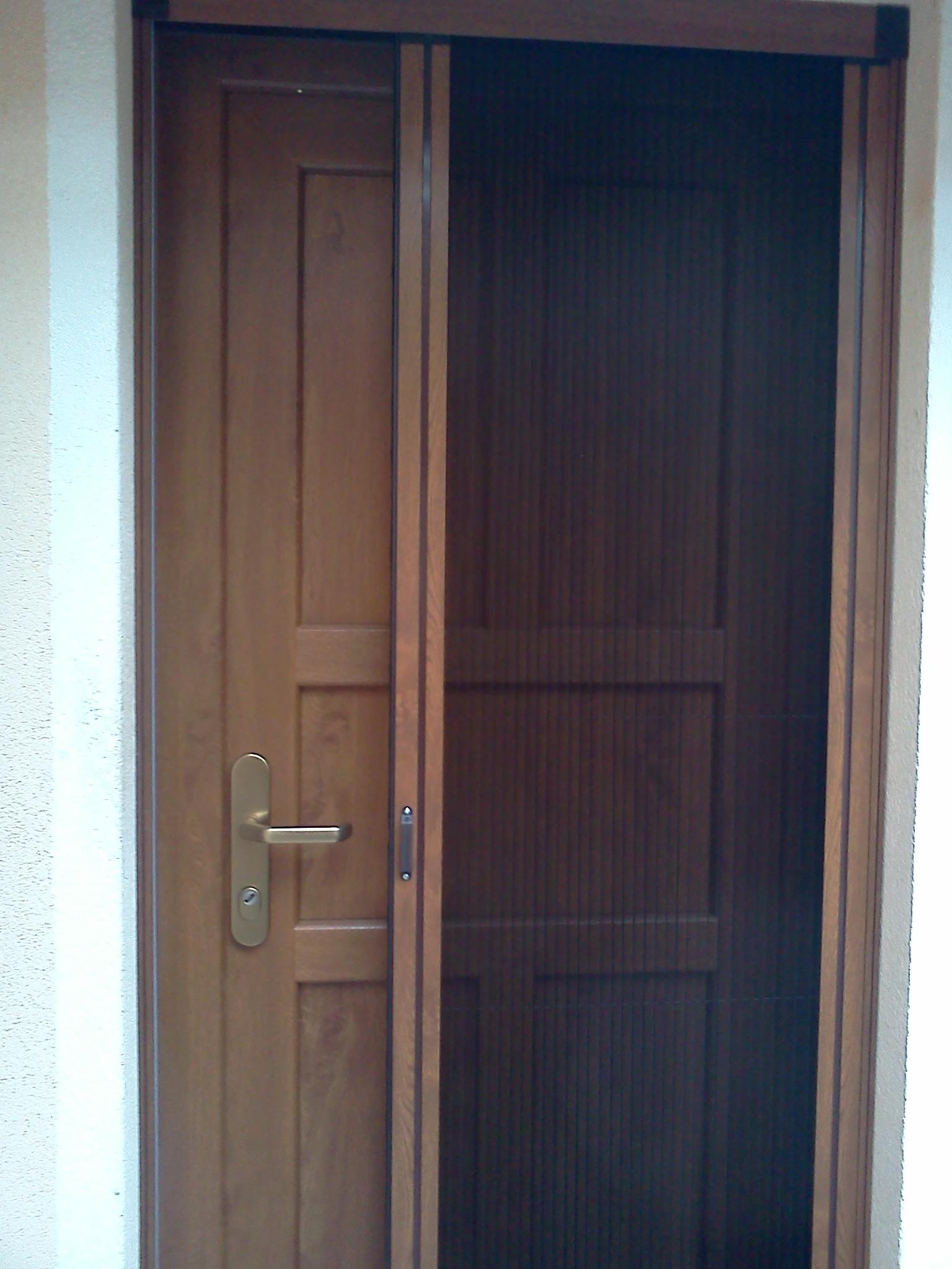 Obrázky / Plissovaná moskytiera - dveřní